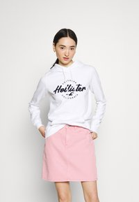 Hollister Co. - CHAIN TECH - Sweatshirt - white - 0