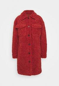 VMKYLIEFILUCCA LONG JAKCET - Winter coat - chili oil