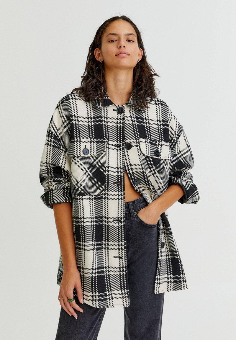 PULL&BEAR - Summer jacket - black