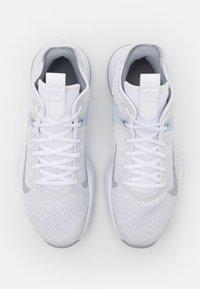 Nike Performance - LEBRON WITNESS IV - Basketball shoes - white/wolf grey/pure platinum - 3