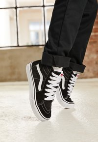 Vans - SK8 - Baskets montantes - black/true white - 3