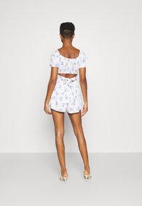 Hollister Co. - ROMPER - Jumpsuit - white floral - 2