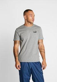 Puma - SMALL LOGO TEE - T-shirt - bas - medium grey heather - 0