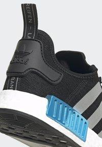 adidas Originals - NMD_R1 UNISEX - Trainers - core black/silver metallic/solar red - 9