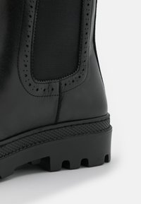 Claudie Pierlot - ALEGRIA - Platform ankle boots - noir - 6