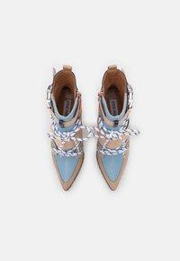 Steve Madden - ILLUSION - Enkellaarsjes met hoge hak - blue/multicolor - 5