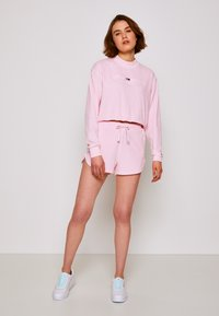 Tommy Jeans - Shorts - romantic pink - 1