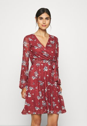 Robe d'été - dark red
