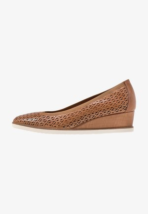 COURT SHOE - Pumps m/ kilehæl - cognac