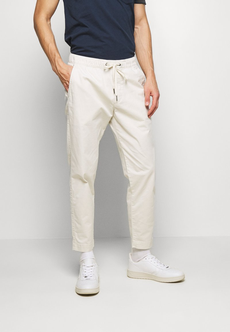 GAP - EASY PANT - Trousers - unbleached white