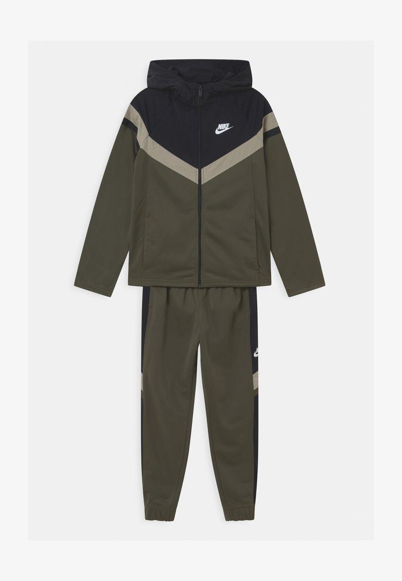 Nike Sportswear - POLY SET UNISEX - Tracksuit - cargo khaki/black/stone/white