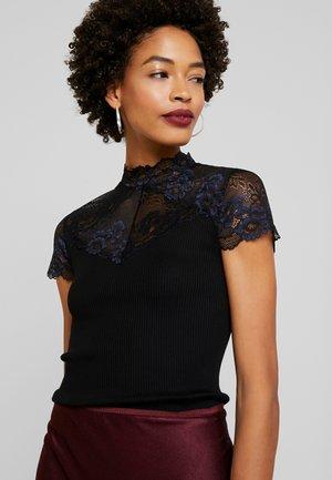 BAYEUX - T-shirts med print - black