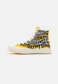 Converse - CHUCK 70 MY STORY - Sneakers high - egret/amarillo/black - 1