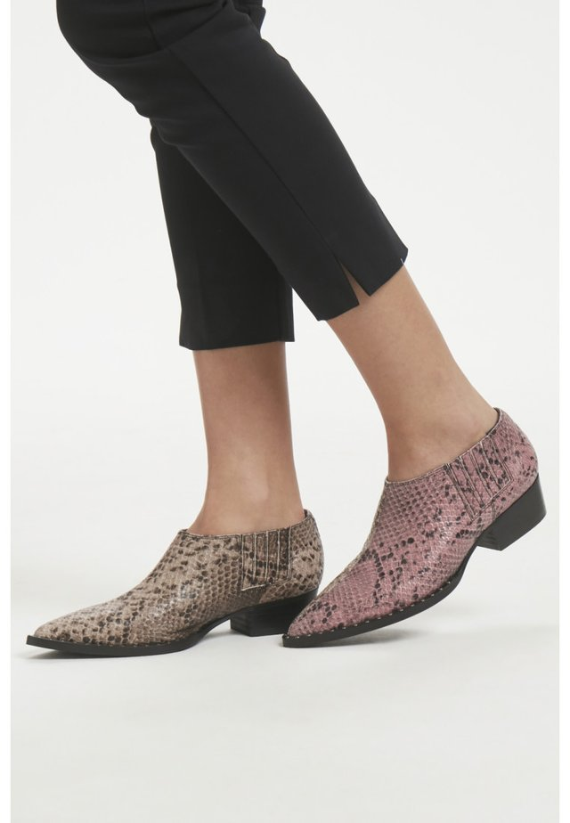 SHAYTON MS19 - Boots à talons - light pink/grey