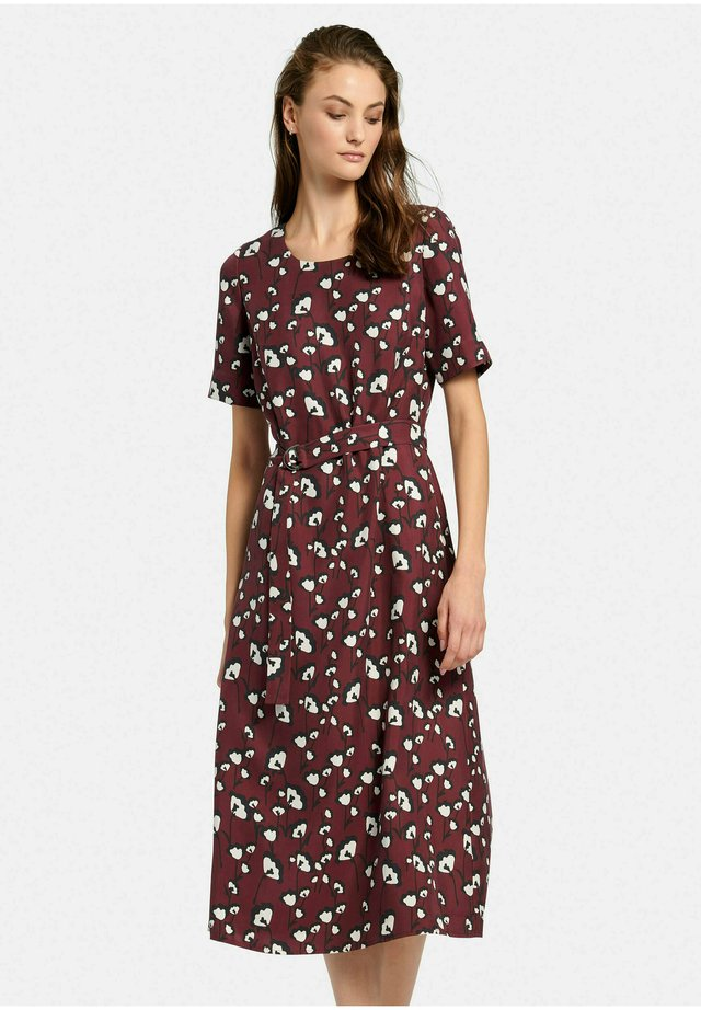 MIT 1/2-ARM - Day dress - burgund/multicolor