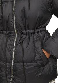 Vero Moda Petite - VMSOHO JACKET - Winter jacket - black - 5