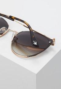 McQ Alexander McQueen - Sunglasses - gold-coloured/silver-coloured - 3