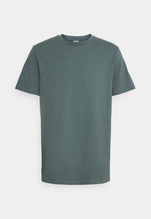 TROY - T-shirt basique - balsam green