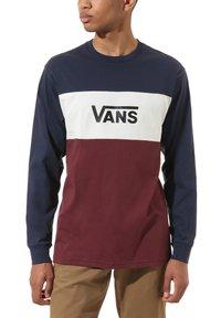 Vans - MN RETRO ACTIVE - T-Shirt print - dress blues-port royale - 0