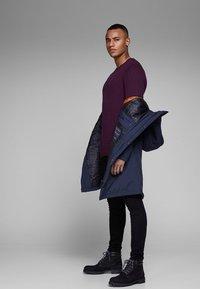 Jack & Jones PREMIUM - JPRCLIMB  - Winter coat - dark blue - 3