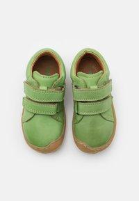 Froddo - MINNI UNISEX - Zapatos con cierre adhesivo - olive - 3