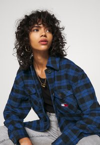 Tommy Jeans - Button-down blouse - providence blue/black - 3
