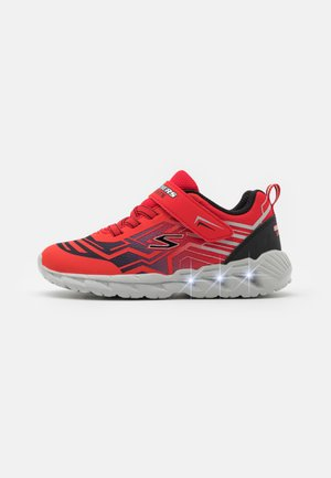 MAGNA LIGHTS BOZLER - Trainers - red/black
