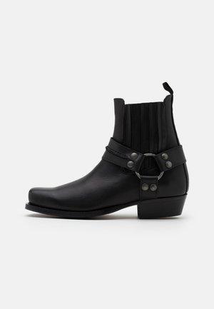 BIADALEN CHELSEA BOOT - Kovbojské/motorkářské boty - black