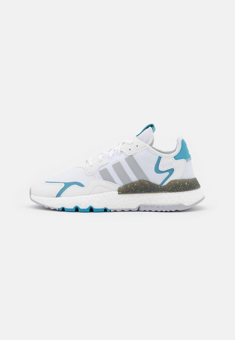 adidas Originals - NITE JOGGER - Trainers - footwear white/grey two/hazy blue