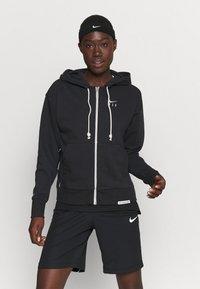 Nike Performance - STANDARD ISSUE HOODIE - Sweatjakke - black/pale ivory - 0