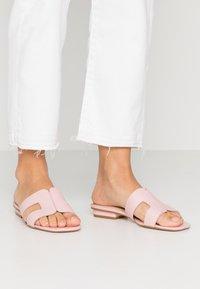 Dune London - LOUPE - Pantofle - pink - 0