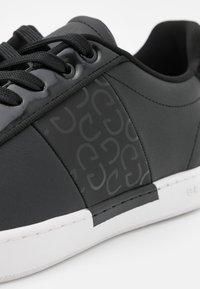 Cruyff - GROSS MATTE - Trainers - black - 5