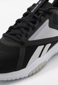 Reebok - FLEXAGON FORCE 2.0 - Sports shoes - black/white - 5