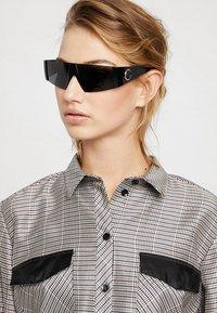 Versace - Sonnenbrille - black - 3