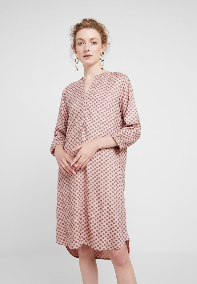 CALLA - Shirt dress - rose