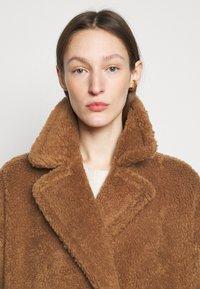 WEEKEND MaxMara - RAMINO - Winter jacket - taback - 3