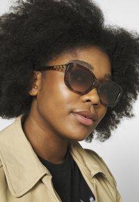 Coach - Sunglasses - brown - 1