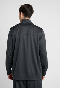 Nike Performance - M NK RIVALRY TRACKSUIT - Träningsset - anthracite/white - 2