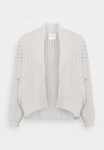 CHENILLE IN CABLE CARDI