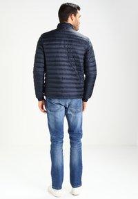 Tommy Hilfiger - LIGHTWEIGHT - Down jacket - sky captain - 2