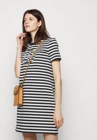 Tory Burch - LOGO DRESS - Jersey dress - tory navy/new ivory - 4
