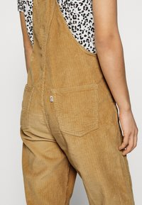 Levi's® - VINTAGE OVERALL - Dungarees - iced coffee warm - 3