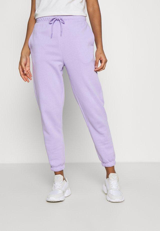 PCCHILLI PANTS - Spodnie treningowe - lavendar