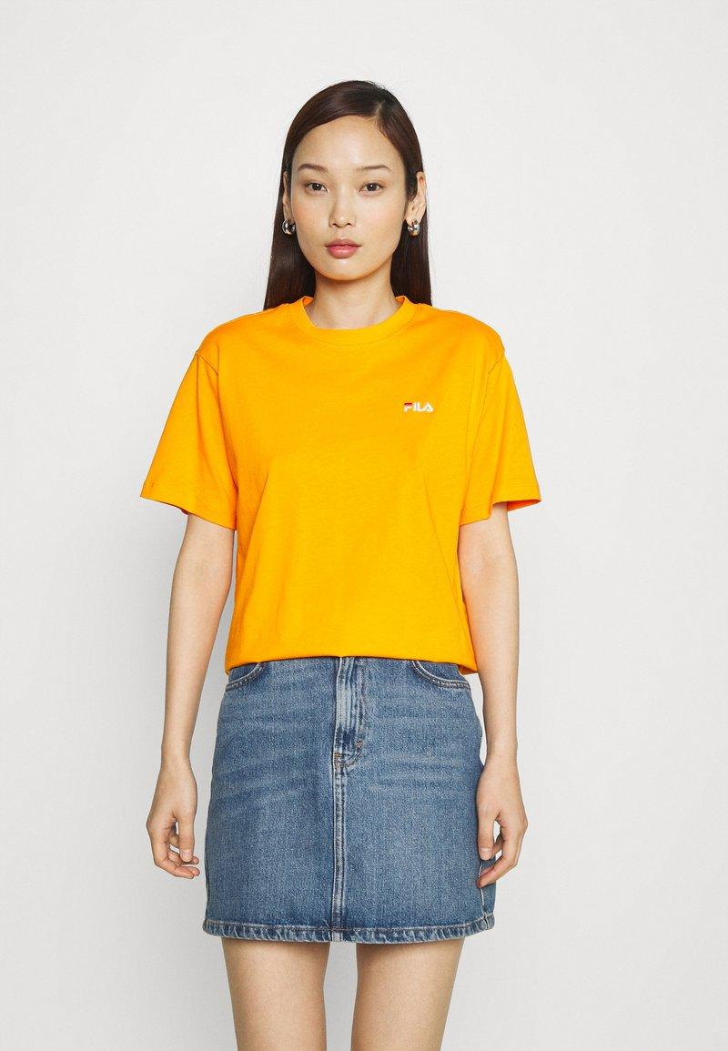 Fila - EARA TEE - T-shirt basic - flame orange