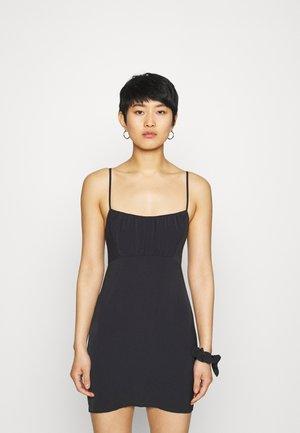 CHASE RUCHED SHORT SLIP DRESS SET - Pouzdrové šaty - black
