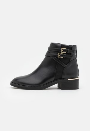 MINKIE MULTISTRAP CLIP CHELSEA - Ankle boots - black