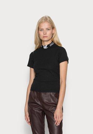 BRANDED COLLAR - Basic T-shirt - jet black
