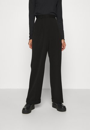 MATHILDE GØHLER SUIT PANTS - Stoffhose - black