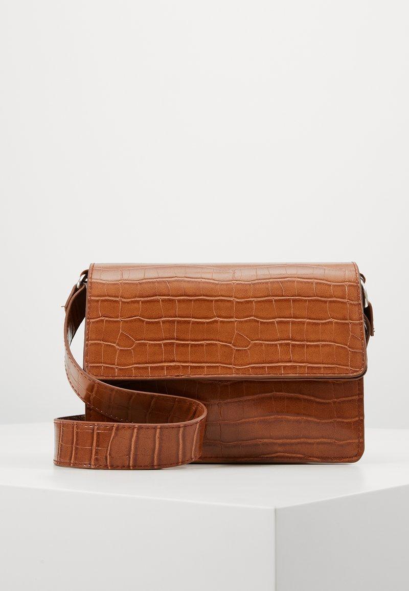 Glamorous - Skulderveske - brown