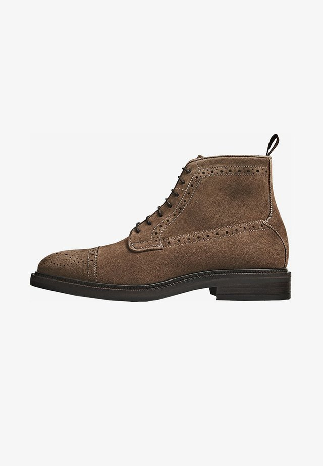Bottines à lacets - brown